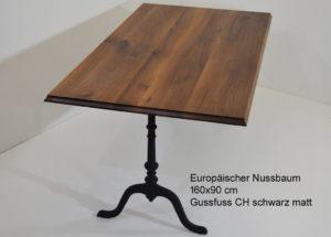 Beizentisch mit Gussfuss Swiss Made