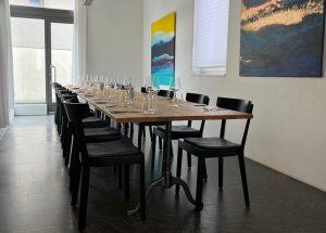 Beizentisch Restaurant Gussfuss